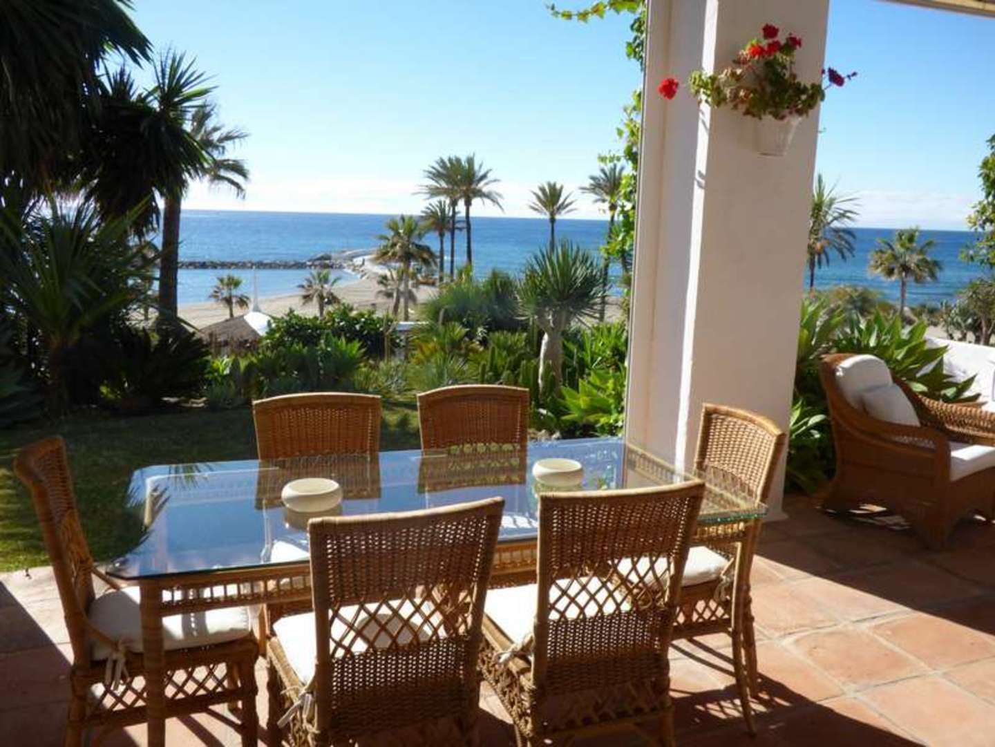 Old style Marbella BEACHFRONT villa