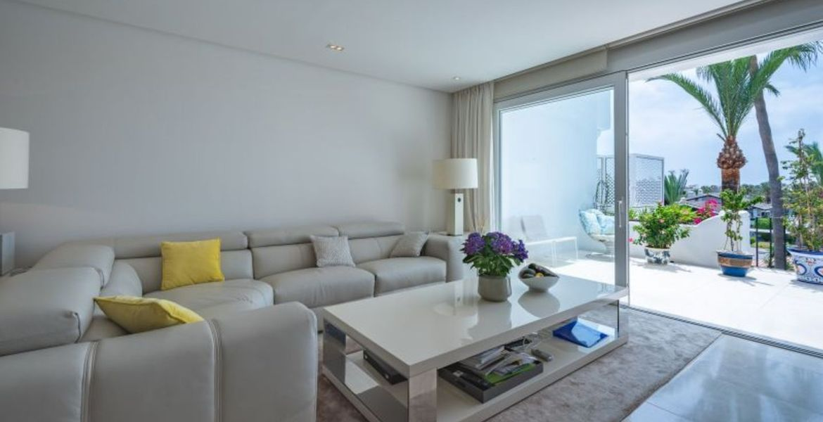 Apartment for sale in Golden Mile