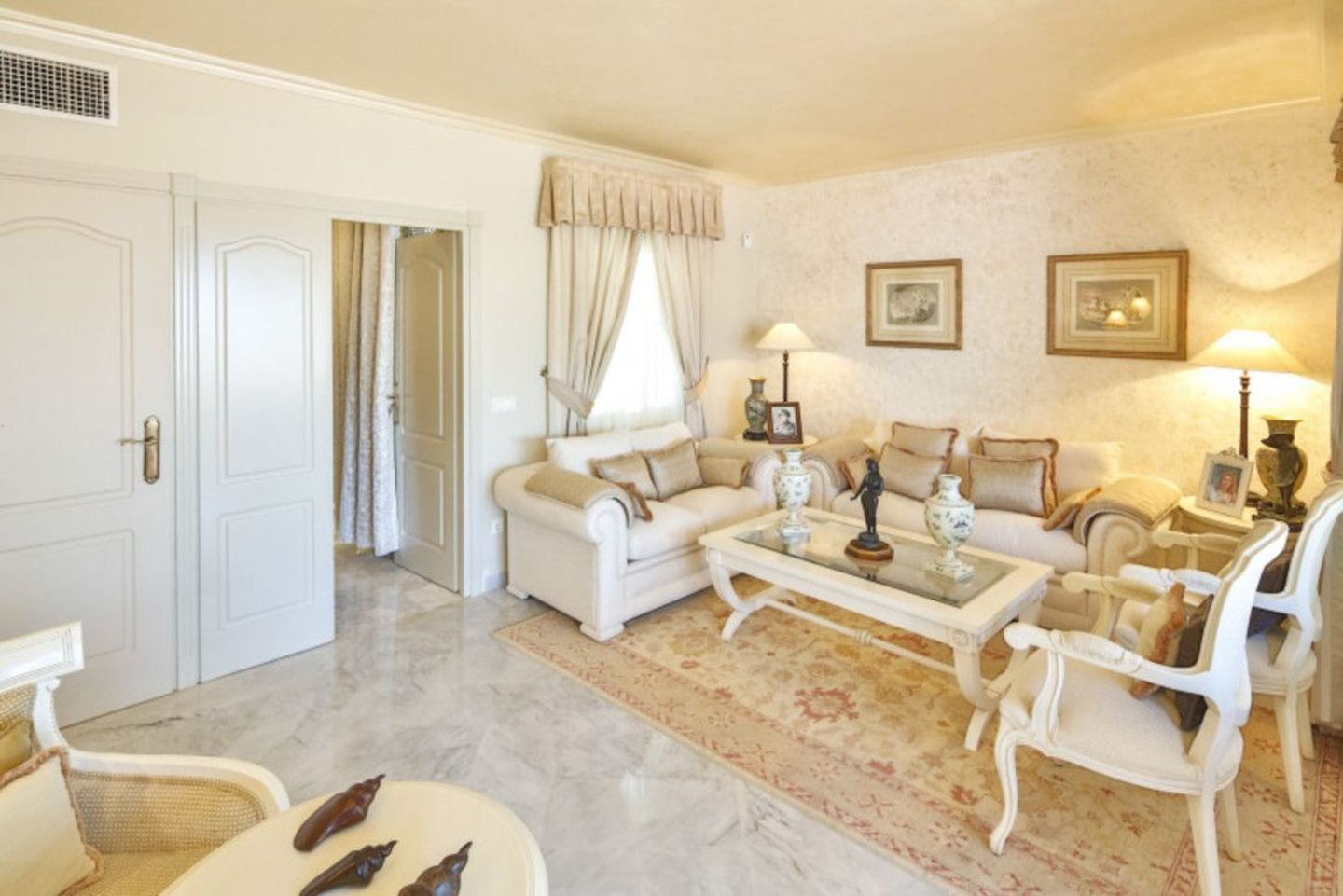 Penthouse for sale in Puente Romano