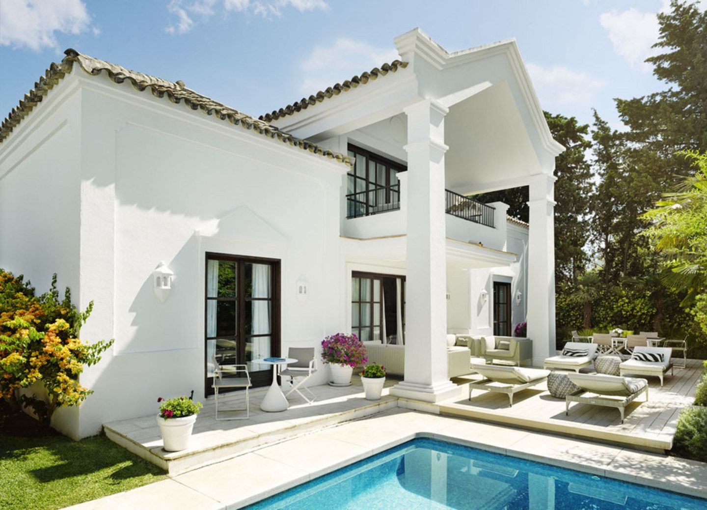 Three Bedroom Villa with Kitchen Marbella Club