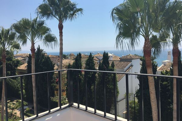 Penthouse Cipres for rent in Puente Romano