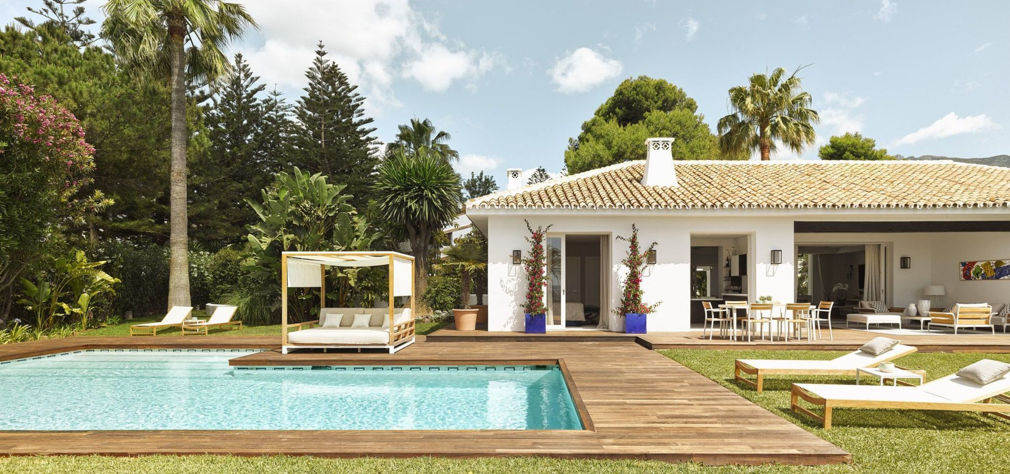 Marbella Golden Mile Beach Front Villa for rent