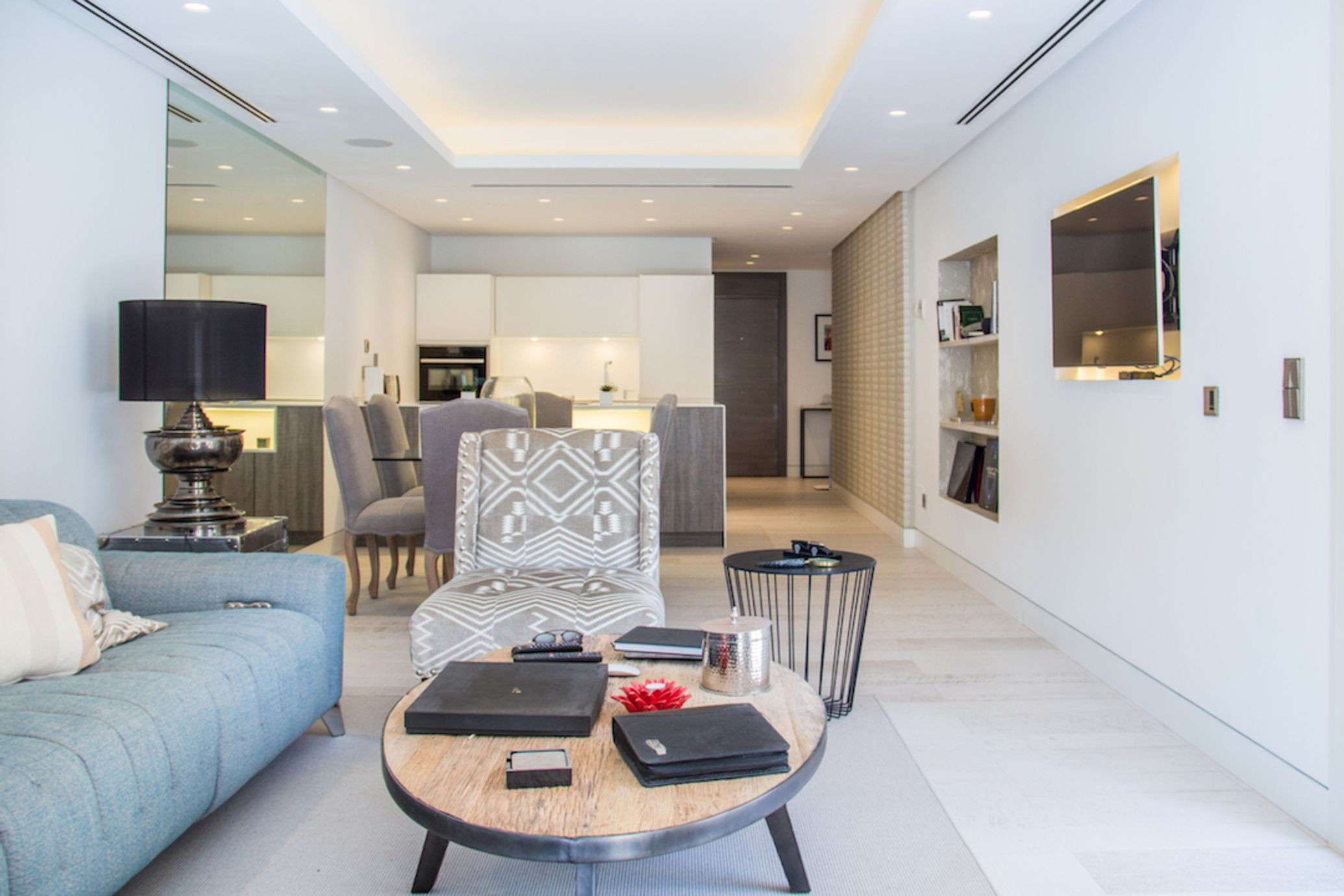 Spectacular luxury 2 bedroom apartment