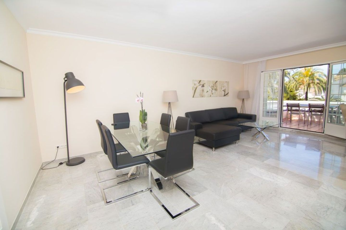 Rental Apartment Marina Puente Romano