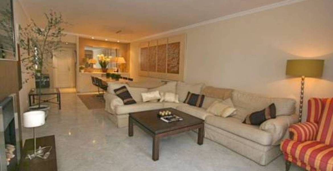 Beautiful 2 bedroom ground floor apartment