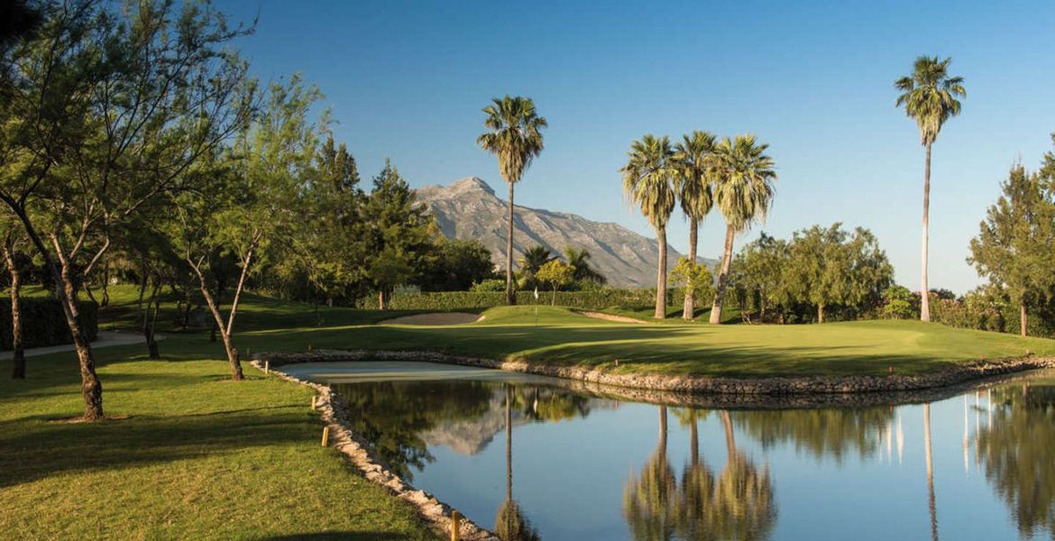 La Quinta Golf and Country Club.